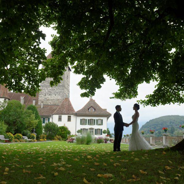 Verlobungs - Fotosession im Schloss Spiez