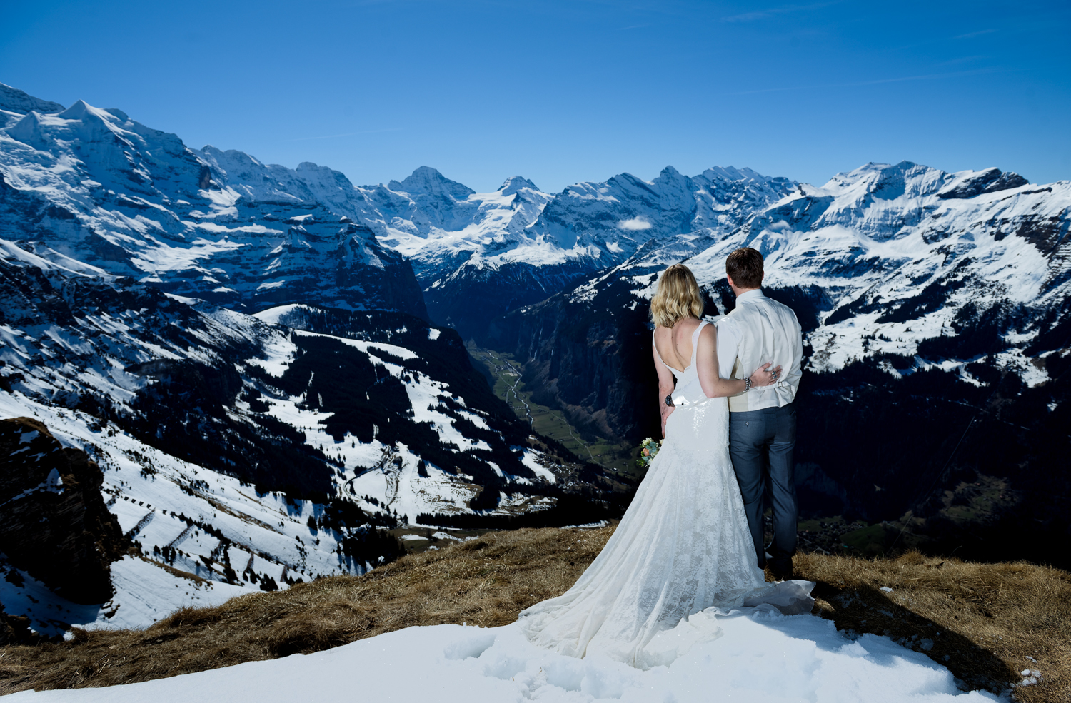 2017, 2018 , Bernese Oberland , Bride ,Bürgenstock , Castle ,Fall, Lauterbrunnen, Glacier , Grindelwald , Groom ,Gunten , Jungfraujoch , Jungfrauregion , Lake of Brienz , Lake of Lucerne , Lake of Thun ,Love ,Luzern , Mönch ,Mountains , Mürren , Nature ,Northface , Oberhofen , Outdoors ,Photography, Photosession , Quotes , Schilthorn ,Snow ,Spring , Summer ,Switzerland , Unique ,Wedding ,Wengen ,Winter