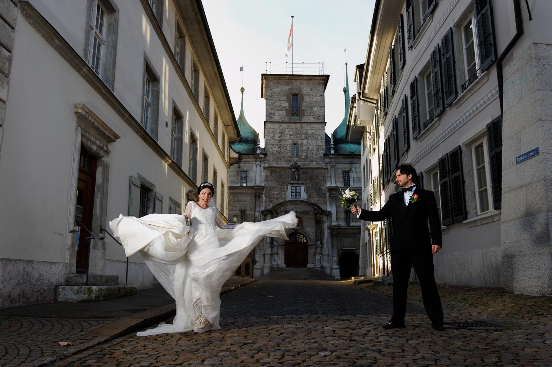Fotoshooting Altstadt Solothurn, Brautpaarshooting Solothurn, Hochzeitsfotografin Solothurn