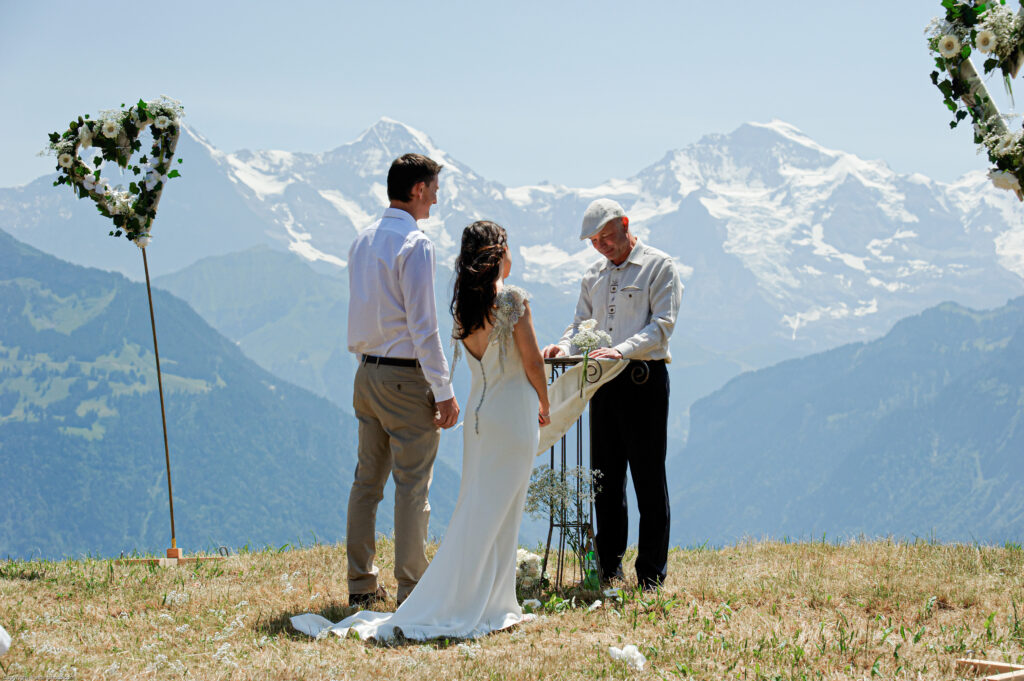 marry outside in the nature in switzerland